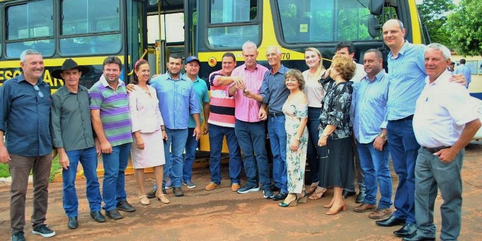 Confira todas as fotos da visita do Secretário de Saúde do MS Geraldo Rezende ao município de Angélica